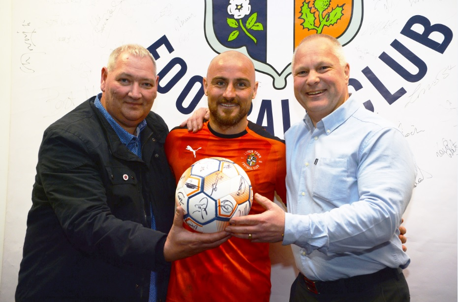 Match ball presentation