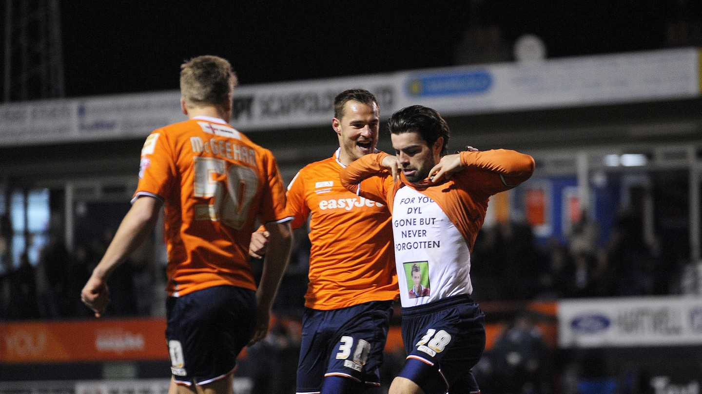 Elliot Lee celebrates one of his goals against Wycombe during his loan spell in 2015